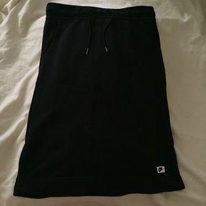 NIKE women sportswear midi skirt black /Size S
